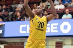 WNBA - New York Liberty 81 vs. Los Angeles Sparks 82 (32)