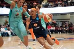 WNBA-New-York-Liberty-84-vs.-Connecticut-Sun-94-12