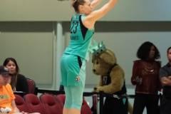 WNBA-New-York-Liberty-84-vs.-Connecticut-Sun-94-24