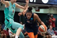 WNBA-New-York-Liberty-84-vs.-Connecticut-Sun-94-27