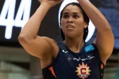 WNBA-New-York-Liberty-84-vs.-Connecticut-Sun-94-32