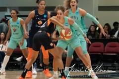 WNBA-New-York-Liberty-84-vs.-Connecticut-Sun-94-41