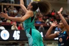 WNBA-New-York-Liberty-84-vs.-Connecticut-Sun-94-44