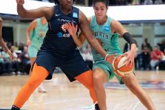 WNBA-New-York-Liberty-84-vs.-Connecticut-Sun-94-45