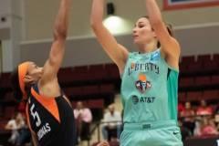 WNBA-New-York-Liberty-84-vs.-Connecticut-Sun-94-48