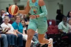 WNBA-New-York-Liberty-84-vs.-Connecticut-Sun-94-55