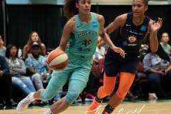 WNBA-New-York-Liberty-84-vs.-Connecticut-Sun-94-57