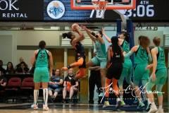 WNBA-New-York-Liberty-84-vs.-Connecticut-Sun-94-75