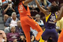 WNBA-Playoff-Semifinals-Game-2-Connecticut-Sun-94-vs.-Los-Angeles-Sparks-68-17