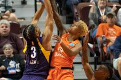WNBA-Playoff-Semifinals-Game-2-Connecticut-Sun-94-vs.-Los-Angeles-Sparks-68-18