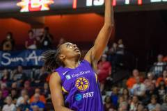 WNBA-Playoff-Semifinals-Game-2-Connecticut-Sun-94-vs.-Los-Angeles-Sparks-68-29