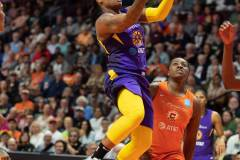 WNBA-Playoff-Semifinals-Game-2-Connecticut-Sun-94-vs.-Los-Angeles-Sparks-68-43