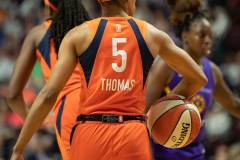 WNBA-Playoff-Semifinals-Game-2-Connecticut-Sun-94-vs.-Los-Angeles-Sparks-68-56