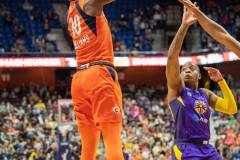 WNBA-Playoff-Semifinals-Game-2-Connecticut-Sun-94-vs.-Los-Angeles-Sparks-68-62