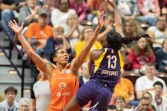 WNBA-Playoff-Semifinals-Game-2-Connecticut-Sun-94-vs.-Los-Angeles-Sparks-68-74