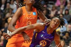 WNBA-Playoff-Semifinals-Game-2-Connecticut-Sun-94-vs.-Los-Angeles-Sparks-68-78