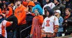 NCAA Football: Illinois 10 vs. Wisconsin 24