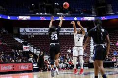 Gallery NCAA Women's Basketball AAC Tournament Quarterfinal - #3 Cincinnati 68 vs #11 Memphis 48-15