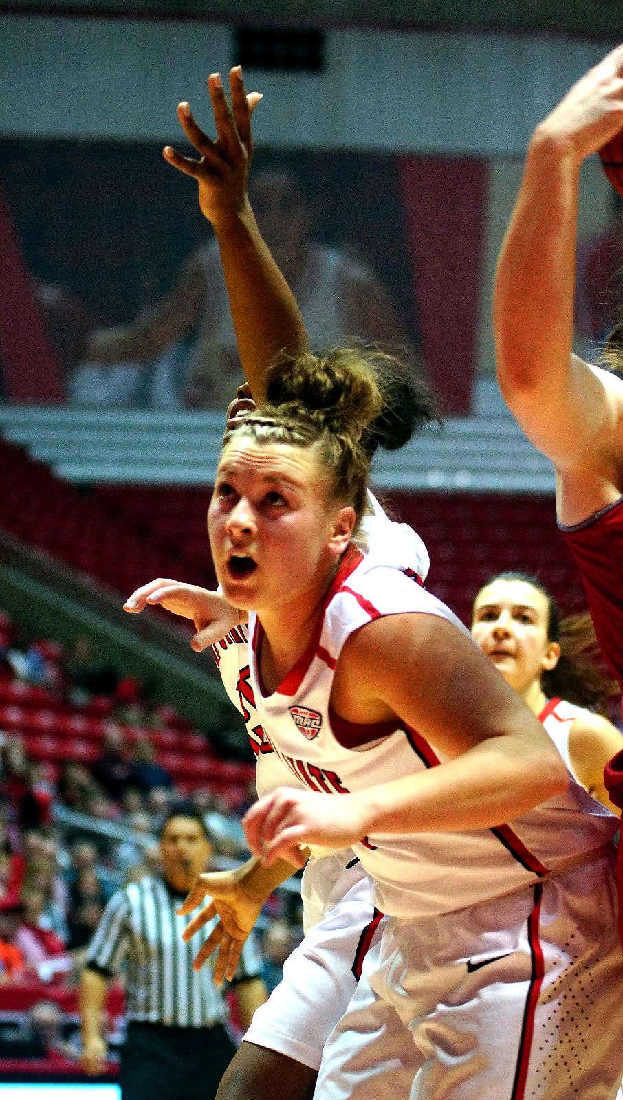 Gallery NCAA Women's B...