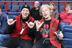 NCAA Women's Basketball Regional Finals - #1 UConn 94 vs. #2 South Carolina 65 (6)