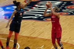WNBA-Finals-Game-2-Washington-Mystics-87-vs-Connecticut-Sun-99-14